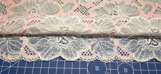 01 Cutting so sew easy panty (6)